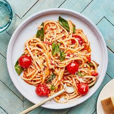 Summer Bolognese Recipe   Bon Appétit Healthy Pasta Recipes, Healthy Pastas, Sauce Recipes, Cooking Recipes, Risotto Recipes, Healthy Dinners, Cooking Time, Healthy Food, Bolognese Recipe