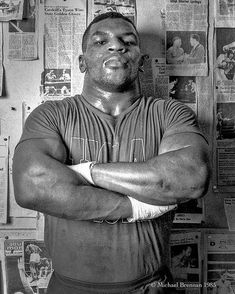 Brownsville Never Ran Never Will! Mike Tyson Training, Mike Tyson Boxing, Boxing Training, Boxing Workout, Tyler Durden, Combat Boxe, Mma Gym, Professional Boxing, Warriors