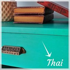 Oh my Chalk! Thai Oh My Chalk, Chalk Paint, Tiny House Storage, Country Home Decorating, Chalkboard Paint
