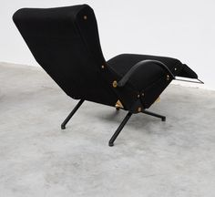 Vintage Design Point – Lounge chair P40 by Osvaldo Borsani for Tecno