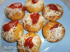 Recipe Mini langoše by lussy, learn to make this recipe easily in your kitchen machine and discover other Thermomix recipes in Hlavní jídla - ostatní. Caramel Apples, Baked Potato, Side Dishes, Food And Drink, Appetizers, Dinner, Cooking, Ethnic Recipes, Image