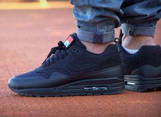 Nike Air Max 1 Patch Pack Black | Sneakeraddict.net
