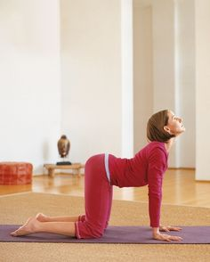 10 minute yoga workout - great for the morning or before bed!
