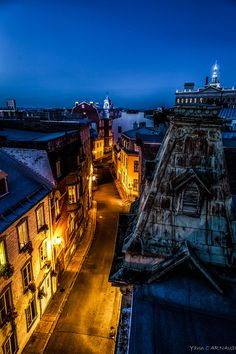 Night Rooftops in Quebec, Canada Old Quebec, Quebec City, Around The World In 80 Days, Around The Worlds, Good Night World, Canadian Travel, Belle Villa, City Photography, Winter Travel