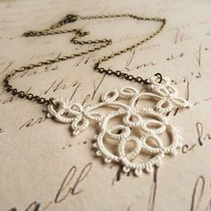 Floral lace necklace