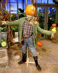 """See the """"Funkin Scarecrow"""" in our Outdoor Halloween Decorations gallery Diy Halloween Scarecrow, Scarecrow Crafts, Outdoor Halloween, Holidays Halloween, Halloween Crafts, Halloween Decorations, Halloween Party, Scarecrow Ideas, Halloween Ideas"""