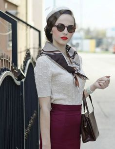 I could be caught wearing this #1930fashion- minus her paleness