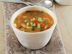 Lahana Çorbası Tarifi - Lezzet Cabbage Soup Recipes, Soup Mixes, Food Illustrations, Celery, Stuffed Peppers, Homemade, Vegetables, Cooking, Ethnic Recipes