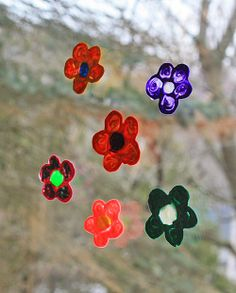 iLoveToCreate Blog: Marbled Flower Window Clings