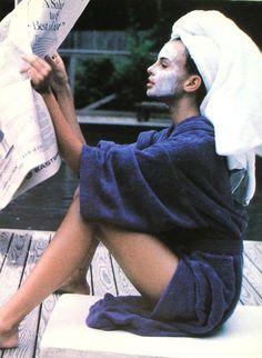 """Les Belles Estrangeres"", Elle France, July 1990 Photographer : Pamela Hanson Model : Niki Taylor"
