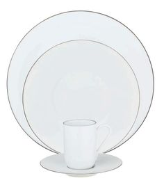 #Raynaud - Limoges #porcelain - Monceau platinium. Also exists with a gold filet