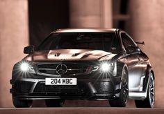 EeE Kurt • onlysupercars: srbm: Matte Black Series Wow