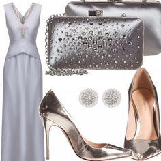 Vestito colore argento smanicato lungo con scollo a V lavorato con ricami 0f0032ac22b
