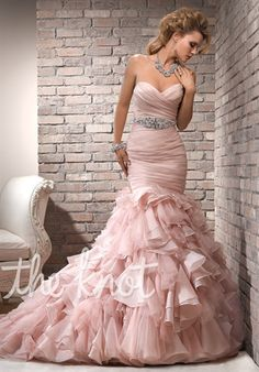 Maggie Sottero - Divina    I absolutely love this dress!