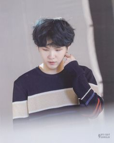 aww this baby Jimin, Min Yoongi Bts, Min Suga, Bts Bangtan Boy, Bts Boys, Suga Suga, Jung Hoseok, Kim Namjoon, Kim Taehyung