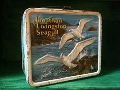 WHAAAAAT? A Jonathan Livingston Seagull LUNCH KIT?!!!