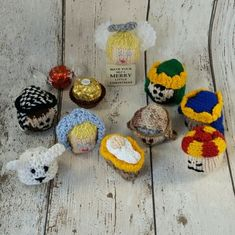 Free Knitting Patterns For Ferrero Rocher Covers A Knitting Pattern Pdf For A Mince Pie To Cover A Edible Christmas Gifts, Edible Gifts, Christmas Crafts, Christmas Decorations, Crochet Christmas, Christmas Ideas, Celebration Chocolate, Chocolate Party, Christmas Chocolate