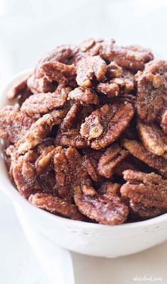 Candied Pecans Recipe, Glazed Pecans, Candied Nuts, Pecan Recipes, Easy Baking Recipes, Cooking Recipes, Fall Desserts, Holiday Recipes, Food And Drink