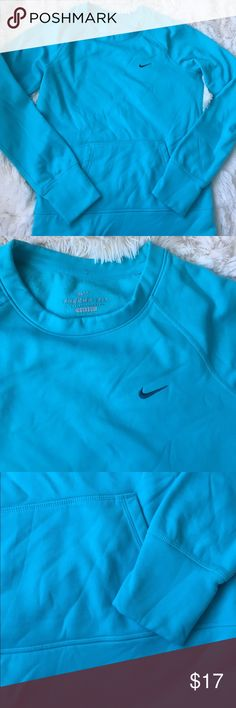Nike sky blue sweatshirt Pretty light blue Nike women's ThermaFit sweatshirt. Features front pocket/pouch and thumb holes on the sleeves. Gently used. Size small. Nike Tops Sweatshirts & Hoodies