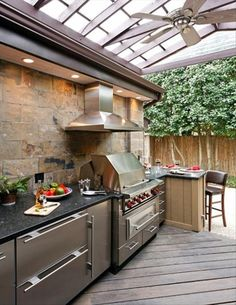 Outdoor Kitchen Ideas - Obtain our best suggestions for outside kitchens, including captivating outdoor kitchen area decoration, backyard enhancing suggestions, and images of outdoor cooking areas. Outdoor Kitchen Countertops, Kitchen Cabinets, Kitchen Appliances, Granite Countertops, Grey Cabinets, Küchen Design, Layout Design, Design Ideas, Grill Design