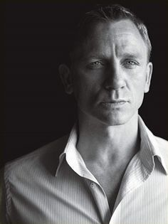My hubby! Oh wait, it's just Daniel Craig.