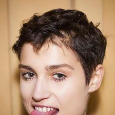 coupe cheveux epais garconne