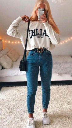 Summer Outfits For Moms, Casual School Outfits, Teenage Outfits, Teen Girl Outfits, Teen Fashion Outfits, Outfits For The Movies, Cute Outfit Ideas For School, Outfits For School For Teens, Cute Highschool Outfits