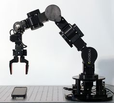 Energid software has partnered with high performing low-cost dexterous robots that provide innovative solutions across various industries.