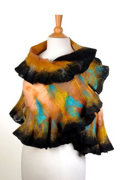Nuno felted scarf wrap / handfelted / merino wool / by ArtInTouch