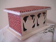 Caixa de Chá forrada em tecido 100% algodão.