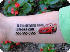 temp tattoo for kids A Little Tipsy: DIY Disney Tattoos for Kids in case they get lost in the parks Wolf Tattoos, Finger Tattoos, Diy Tattoo, Tattoo Paper, Disney Dream, Disney Love, Walt Disney, Disney 2017, Lost Tattoo