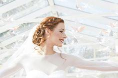 Wedding wedding dress crane bird