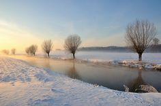 Brabants winterlandschap 2010 - Dutch winter landscape 2010 by RuudMorijn, via Flickr