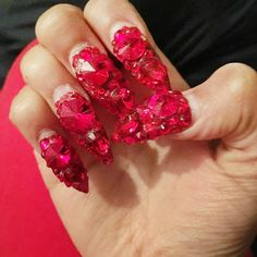 Cardi B is rarely seen without a serious bejeweled nail design. These red stiletto nails were created by Jenny Bui in Harlem. Red Stiletto Nails, Red Nails, Hair And Nails, Rhinestone Nails, Bling Nails, Bling Bling, Cardi B Nails, Queen Nails, Celebrity Nails