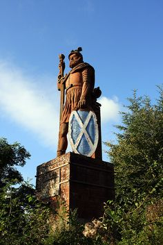 Statue of William Wallace ~ Stirling, Scotland