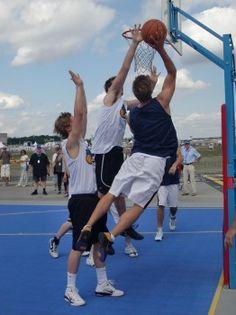 Heidesheimer Basketballer als Außenseiter auf Reisen.