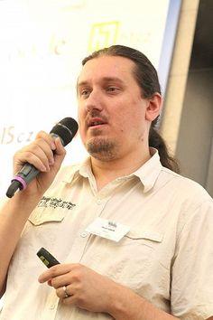 Firmy v sociálních sítích 7. 6. 2012 - Tuesday.cz