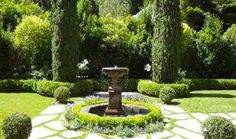 Check out these tips on creating a classic garden scene!
