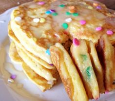 These rainbow protein pancakes made by Nick Olsen taste amazing and are good for you too! Use Cake Batter or any flavor of MuscleEgg egg whites!