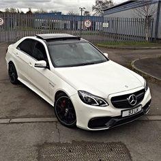 Mercedes-Benz E 63 AMG (Instagram @liamhouson)