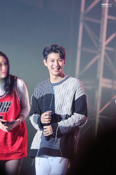 151003 Yunhyeong @ iKON Debut Concert © SOUNDSCAPE   DO NOT edit logo   no commercial use.