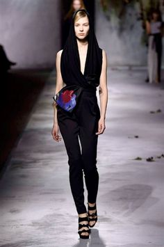 Paris Fashion Week FW 2015-2016 Vionnet #Paris #catwalk #silkgiftmilan #fashion