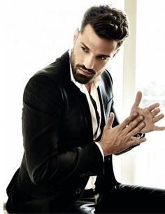 Kωνσταντίνος Αργυρός Kostas Martakis, Greek Men, Famous Singers, Folk Music, I Cant Even, Dandy, Beards, Gq, Male Models
