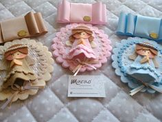 Medallones angelitos....para el cochecito o cunita Projects To Try, Clip Art, Frame, Pasta, Home Decor, Craft, Crochet For Baby, Pacifiers, Baby Sewing