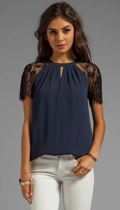 Now trending: lace sleeves. this is for the dresse and blouses that are to open. do lace sleeves, this is a great look Casual Wear, Casual Outfits, Cute Outfits, Diy Kleidung, Revolve Clothing, Mode Style, Lace Sleeves, Refashion, Womens Fashion
