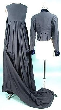 1999 repro 1810 Deep Navy Cashmere Wool Felt Empire Trained Equestrian Riding Gown and Jacket (Riding Habit) from Jane Austen's Mansfield Park 1999 film Más Vintage Wear, Vintage Dresses, Vintage Outfits, Antique Clothing, Historical Clothing, 1800s Fashion, Vintage Fashion, Regency Dress, Regency Era