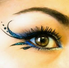 Mermaid eye make up
