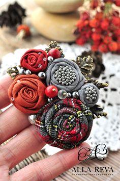 """Купить Брошь """"Уютный ноябрь"""" - серый, брошь, терракотовый, брошь цветок, цветы из ткани"""