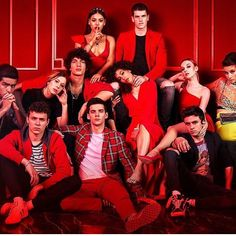 "Aron Piper on Instagram: ""Ya disponible !!! #omander #elite #elitenetflix #series #now #new"""