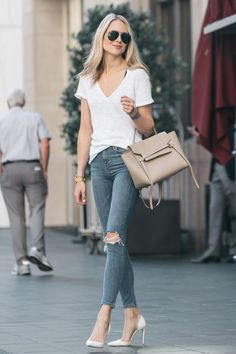 a0b079868f96 19 Best White tshirt and jeans images